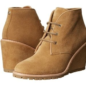COACH KARSON NATURAL SUEDE LACE UP ANKLE BOOTS 9.5